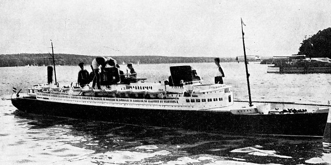 Working model of the German record breaker liner Bremen