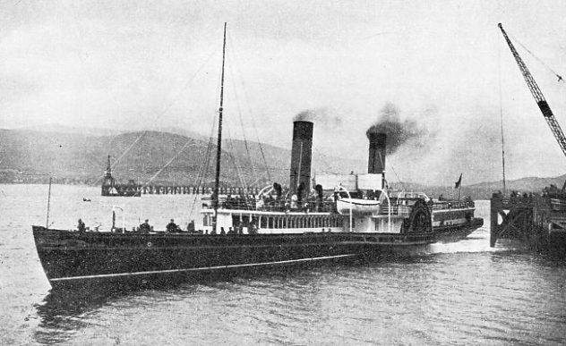 THE FAMOUS TWO-FUNNELLED PADDLE STEAMER Iona
