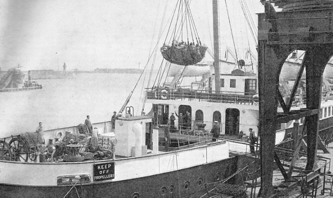 Loading the continental mails at Dover