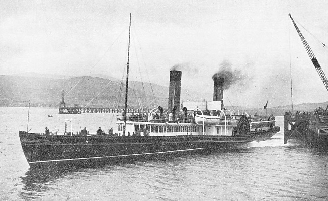 "Paddle Steamer ""Iona"""