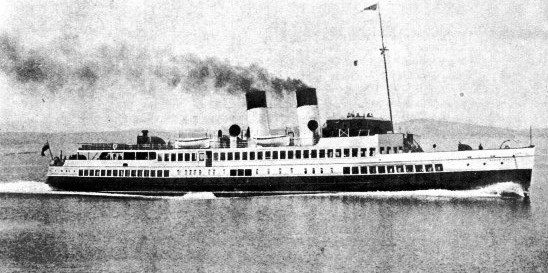 THIS CLYDE EXCURSION STEAMER the Queen Mary II